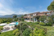 Proche Saint-Paul de Vence - Magnifique villa entièrement rénovée - photo1
