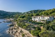 Ramatuelle - Exceptionnal waterfront property - photo2