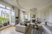Париж 7-й - Дом Инвалидов - 4-комнатная квартира 240 м2 на высоком этаже - photo4