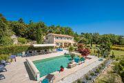 Proche Gordes - Belle maison de vacances avec piscine chauffée - photo1