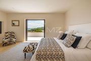 Sainte-Maxime - современная вилла с видом на море - photo8