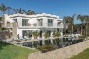 Proche Cannes - Golfe Juan - Villa contemporaine vue mer panoramique - photo1