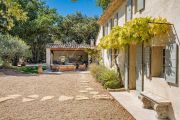 Close to Lourmarin - Renovated old bergerie - photo4