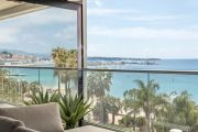 Cannes - Croisette - Apartment with sea view - photo2