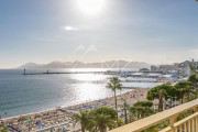 Cannes - Croisette - Apartement with panoramic sea view - photo1
