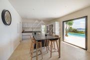 Proche de Saint-Tropez - Villa moderne avec vue mer - photo7