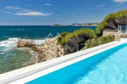 Exceptional property by the sea - photo4