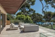 Cap d'Antibes - Magnificent contemporary property overlooking the bay of Garoupe - photo3
