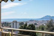 Proche Cannes - Sur les hauteurs - Appartement dans résidence de standing - photo1