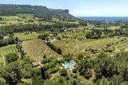 Propriété de charme au cœur des vignobles cassidains - photo1