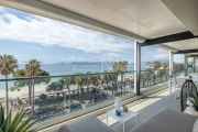 Cannes - Croisette - Apartment with sea view - photo13