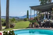 Mougins - Close to the village - with sea view - photo2
