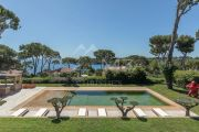 Cap d'Antibes - Magnificent contemporary property overlooking the bay of Garoupe - photo2