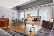 Cannes - Rue d'Antibes - Apartment with a large southern terrace - photo2
