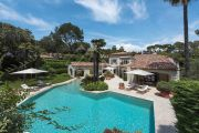 Mougins - Superb villa in a prestigious gated domain - photo8