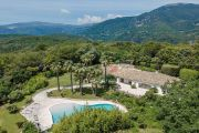 Cannes Backcountry - Wonderful property on large flat grounds - photo1