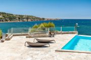 Exceptional property by the sea - photo8