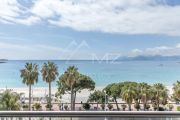 Cannes - Croisette - Apartment with sea view - photo3