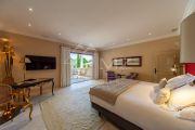Proche Gordes - Luxueuse villa avec vue dégagée - photo13