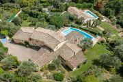 Cannes Backcountry - Rare opportunity of two houses combined - photo17
