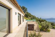 Entre Saint-Tropez et Sainte-Maxime - Villa contemporaine neuve - photo5