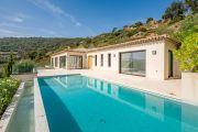 Entre Saint-Tropez et Sainte-Maxime - Villa contemporaine neuve - photo2