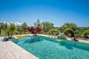 Proche Gordes - Belle maison de vacances avec piscine chauffée - photo2