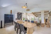 Ménerbes - Gorgeous property with heated pool - photo6