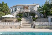 Close to Cannes - Palladian style villa - photo2