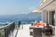 Cannes - Croisette - Penthouse with Panoramic See View - photo5