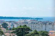 Cannes - Montrose - Dans un immeuble bourgeois - photo11