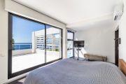 Close to Bandol - Contemporary villa seafront - photo15