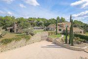 Gordes - Magnifique propriété avec  vue dégagée - photo3