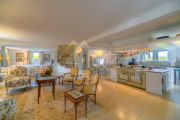 Bonnieux - Property with panoramic views - photo12