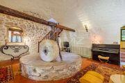 Рядом с Экс-ан-Прованс - Старая каменная мельница XVIII века - photo5