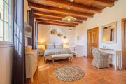 Close to Gordes - Beautiful Bastide with open view - photo8