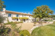 Close to Lourmarin - Renovated old bergerie - photo3