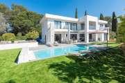 Near Mougins - Brand new contemporary villa in a gated domain - photo1