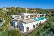 Proche Saint-Tropez - Villa contemporaine - Vue mer panoramique - photo2