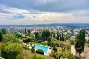 Close to Saint-Paul-de-Vence - Charming property with sea views - photo3