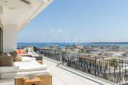 Cannes - Croisette - Penthouse with Panoramic See View - photo3