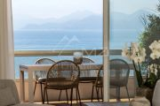 Cannes - Croisette - 4 rooms apartment with panoramic sea view - photo3