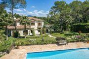 A 5 mn du vieux village de Mougins - Villa néo-provençale - photo11