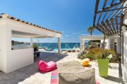Exceptional property by the sea - photo12