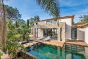 SAINT-TROPEZ - VILLA CONTEMPORAINE NEUVE - photo1