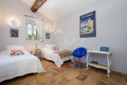 Gordes - Gorgeous stone house with amenities - photo15