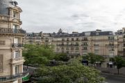 Paris 17ème - Bel appartement haussmanien 156M2 avec parking - photo11