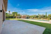 Saint-Tropez - Superb new contemporary villa close to the center - photo3