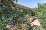 Proche Aix-en-Provence - Exceptionnelle propriété contemporaine - photo1