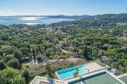 Proche Saint-Tropez - Villa contemporaine - Vue mer panoramique - photo3
